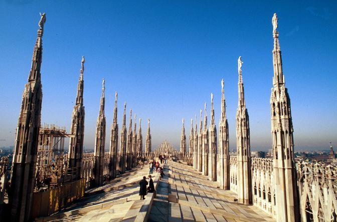 http://radionbc.it/wp-content/uploads/2016/12/DUOMO-MILANO-2.jpg