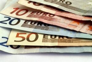 Economia - soldi - Euro - Monete - Congiuntura - Situazione Nella foto:   Trento 02 marzo 09 AgF Bernardinatti Foto