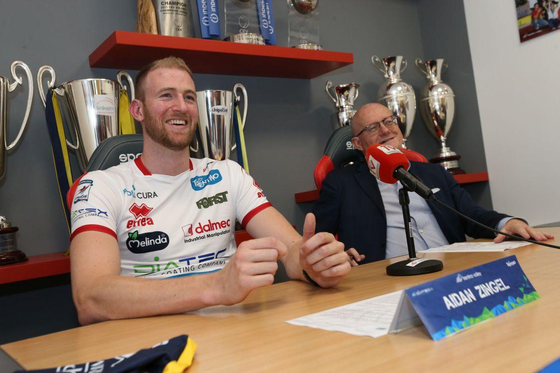 Aidan Zingel in conferenza stampa assieme a Bruno Da Re