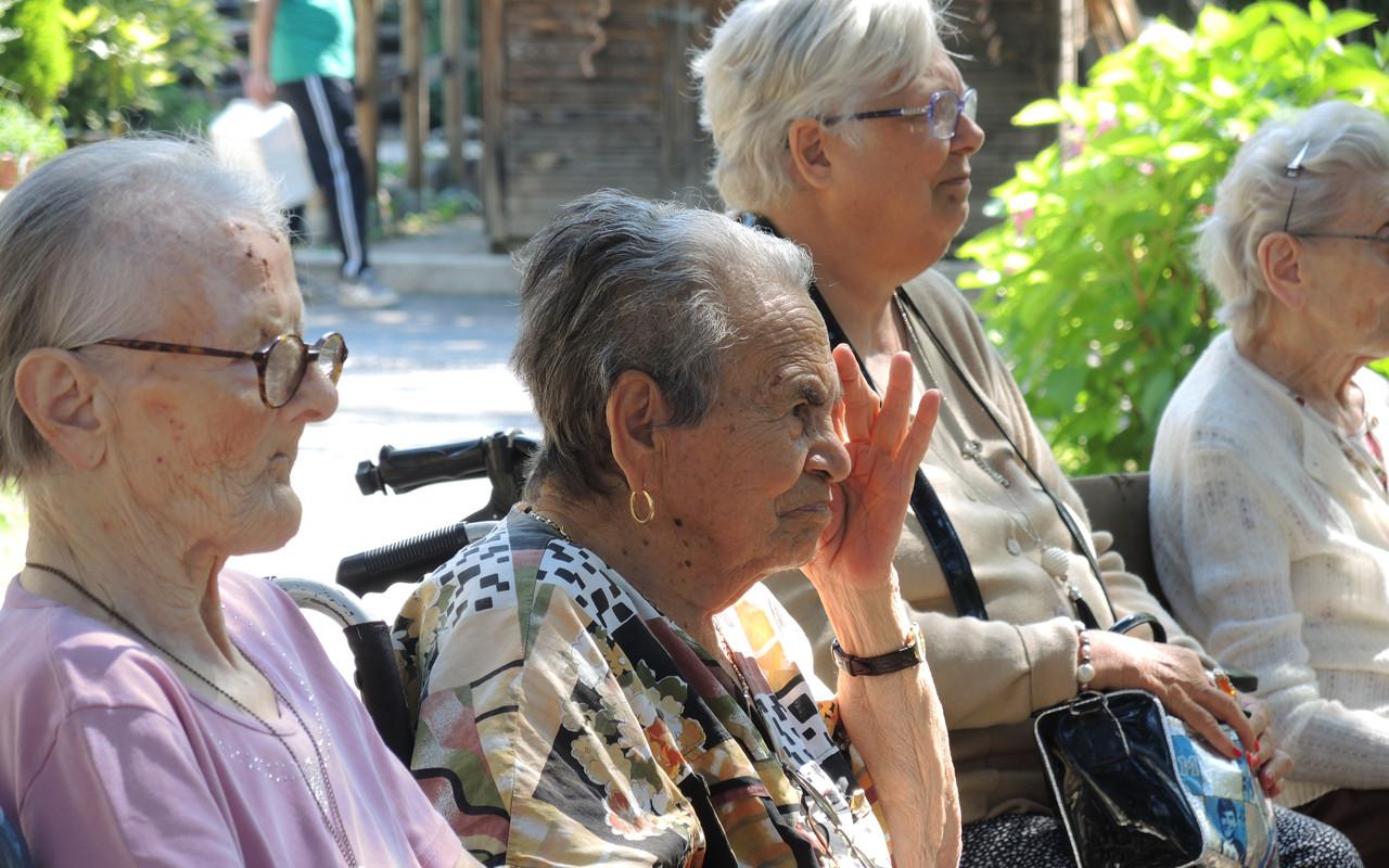 Centro anziani 9