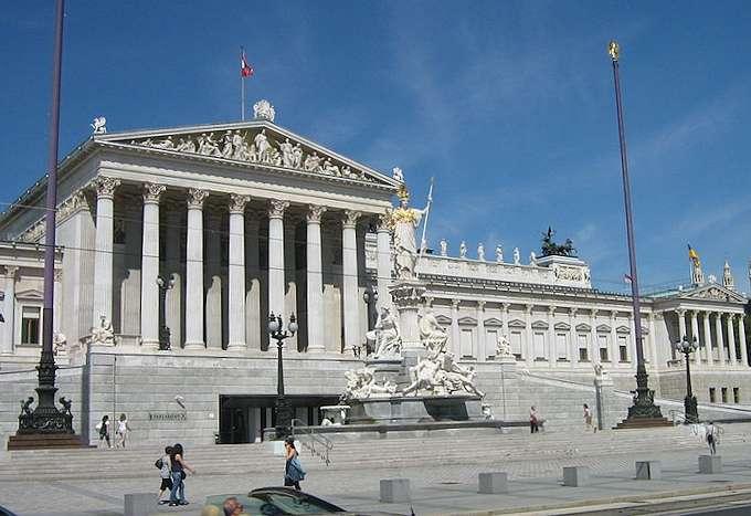 La questione sudtirolese torna in parlamento a vienna e for Sede parlamento roma