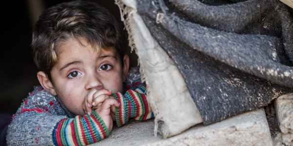 bambini_poveri_cover (1)