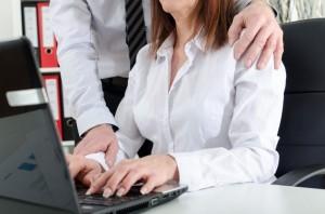 molestie-donne-lavoro-1