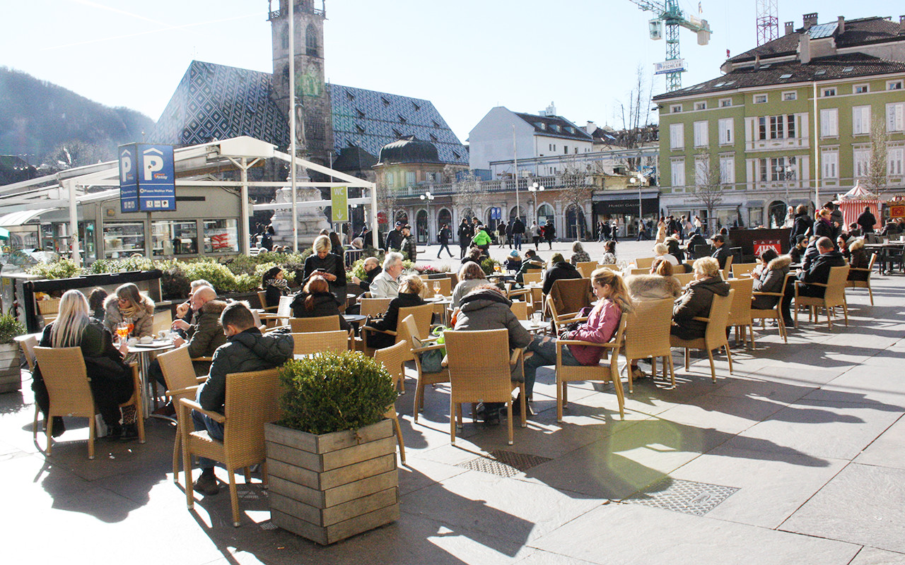 Piazza Walther Bar
