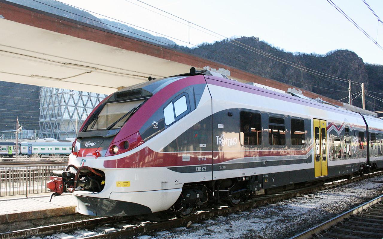 Stazione Bolzano Treno 6 Ferrovia Ferrovie