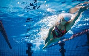 piscina nuoto acqua