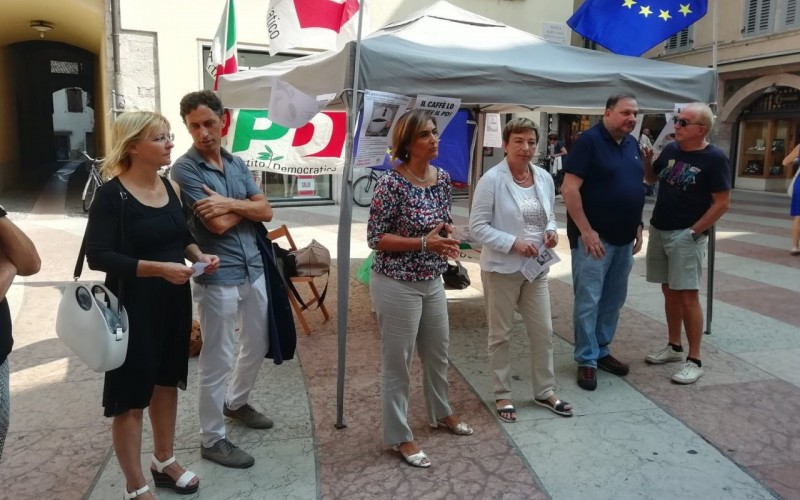 PD: UN CAFFÈ GRATIS PER DIRE NO ALLA POLITICA FISCALE DI FUGATTI
