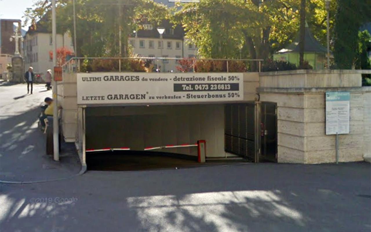 garage piazza della rena merano