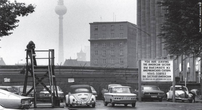 Il-Muro-infinito-Berlino-1989-2019_imagefull